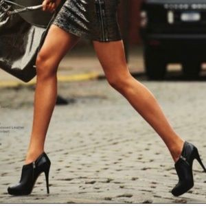 Michael Michael Kors York ankle Booties